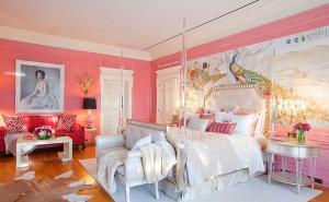 Конфетные цвета в спальне