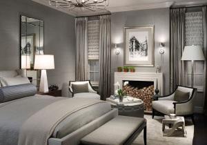 Серый и серебряный цвета в спальне