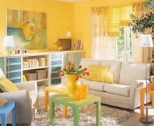Солнечная желтая гостиная окутает вас теплом!
